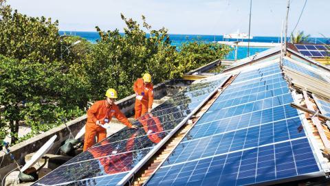 Phát triển năng lượng tái tạo: Cảnh báo