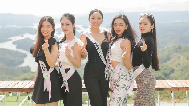 Top 32 Miss Tourism Vietnam 2020 tham quan VQG Tà Đùng
