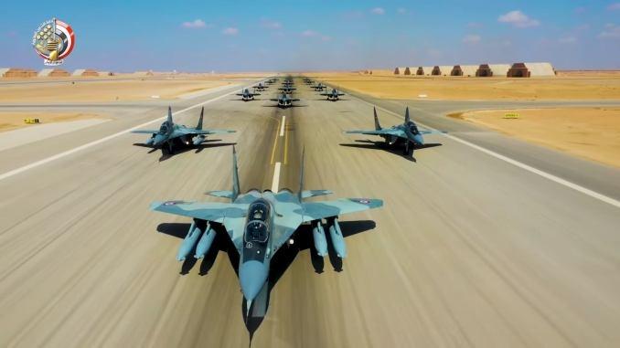 Theo AMN, không phải ngẫu nhiên Ai Cập lại phô diễn sức mạnh đánh chặn của MiG-29, động thái này có liên quan trực tiếp đến những hoạt động của Thổ Nhĩ Kỳ trên Địa Trung Hải, đặc biệt khi tiêm kích F-16 của Ankara từng nhiều lần có hành động đe dọa đến an toàn của máy bay và hoạt động hàng hải của Ai Cập tại vùng biển này.