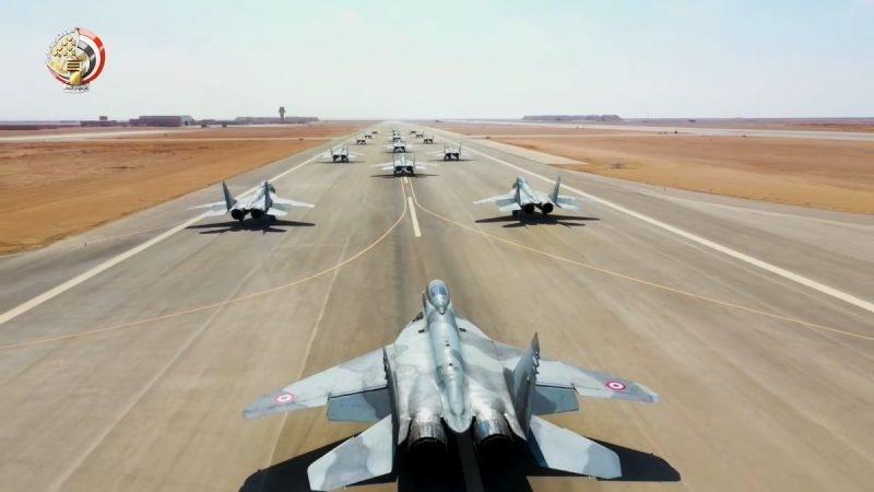 Theo nhiều chuyên gia, phi đội MiG-29 của Không quân Ai Cập được nâng cấp theo hướng MiG-29SMT - vốn là biến thể MiG-29 hiện đại nhất thế giới hiện nay đang được Không quân Nga sử dụng. Theo một số nguồn tài liệu, Ai Cập đang sở hữu khoảng 30 chiếc MiG-29 với nhiều biến thể khác nhau. Dù đang có tiêm kích Rafale, F-16 nhưng MiG-29 hiện tại vẫn được xem là \