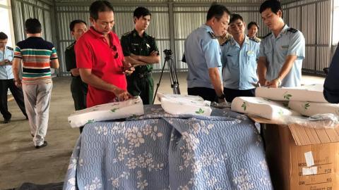 Cảnh báo thủ đoạn hàng nhái dán nhãn 'made in Vietnam