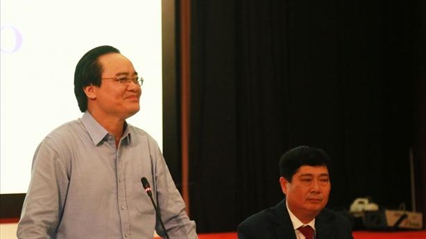 Bộ trưởng Nhạ: Từ điển còn hiệu đính, huống hồ SGK