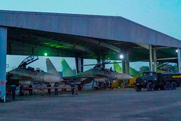 Các ban bay đều được tổ chức chặt chẽ nghiêm túc đúng quy trình, đến nay Trung đoàn đều đạt và vượt chỉ tiêu huấn luyện, bảo đảm an toàn tuyệt đối.