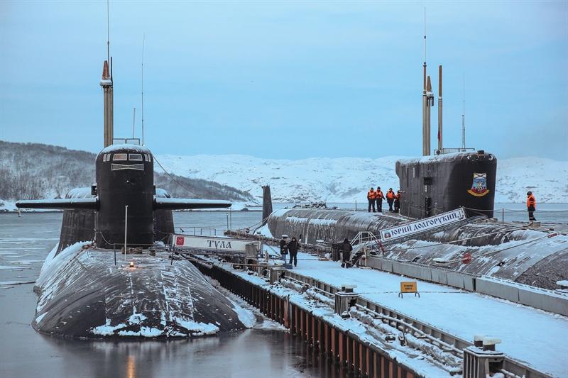 Trung tâm sửa chữa tàu Zvezdochka (thuộc Công ty cổ phần Công ty Cổ phần Đóng tàu Kỳ OSK) cho biết, công ty này đã hoàn thành nâng cấp tàu ngầm mang tên lửa đạn đạo K-114 Tula. Trong vài ngày tới, chiếc tàu ngầm này sẽ chính thức tham gia làm nhiệm vụ trong Hạm đội Biển Bắc của Nga.