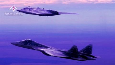 Bước tiến dài của UCAV S-70 Okhotnik