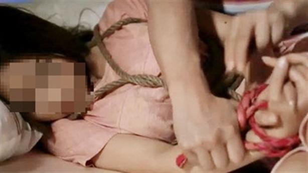 Hiếp dâm chủ nhà: Nạn nhân nết na, xinh đẹp