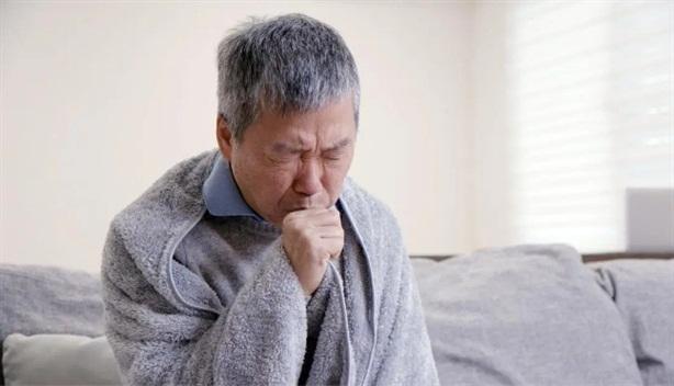 5 triệu chứng cảnh báo sớm suy tim do bệnh tim mạch