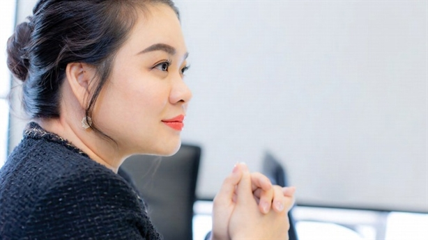 Bà Nguyễn Thanh Phượng thắng lớn, bầu Đức lại bán