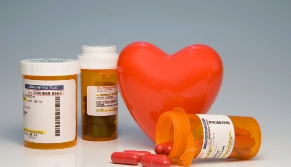 Review thuốc bổ tim: Nên chọn thuốc nội hay thuốc ngoại