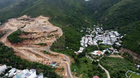 Khánh Hòa quyết thu hồi dự án có nguy cơ sạt lở