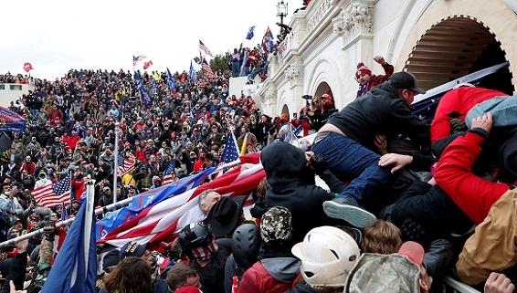 Sự đạo đức giả và tiêu chuẩn kép trên đồi Capitol