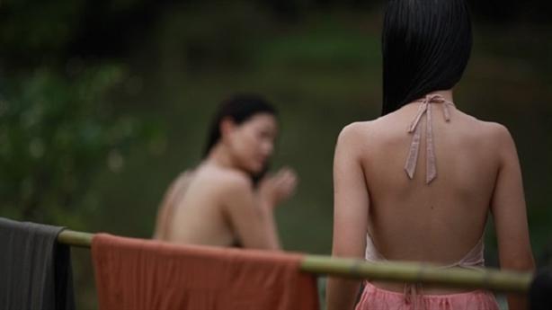 Người làm phim Việt muốn thêm 'cảnh nóng': Kém tài?