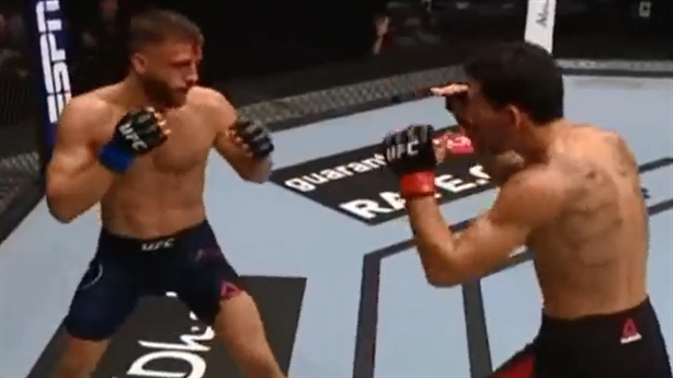 Holloway sẽ đánh bại Khabib sau chiến thắng tại UFC?