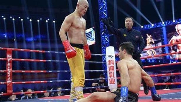 Bị chỉ trích, Yi Long vẫn là võ sĩ hay nhất 2020