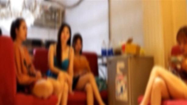 U50 điều gái đến nhà nghỉ bán dâm giá cao