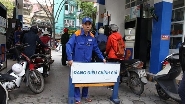 Bộ Công thương: Lẽ ra giá xăng dầu tăng cao hơn