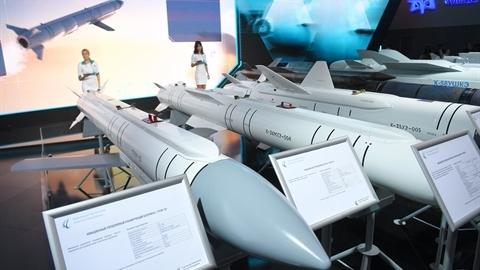 Hé lộ khả năng siêu tên lửa Grom-E trang bị cho Okhotnik