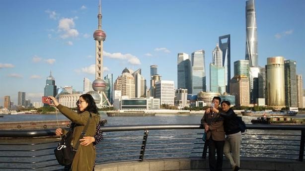 Trung Quốc hút FDI vượt Mỹ, dệt may, da giày... sang VN