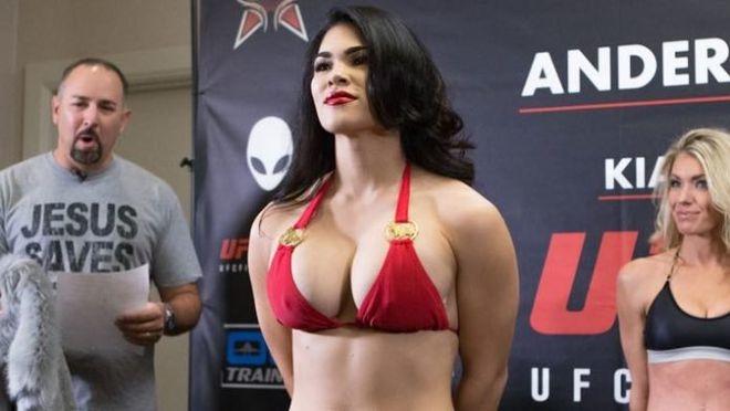 Cô cũng đã rút khỏi trận đấu với Shana Dobson hồi đầu năm nay và được thay thế bởi võ sĩ người Brazil Priscila Cachoeira.