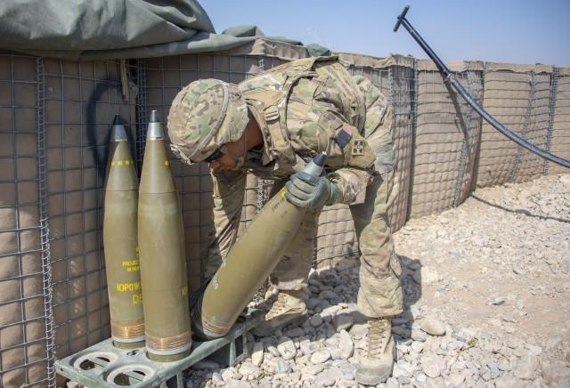 Tướng Robert Brown thuộc Quân đội Mỹ nhấn mạnh rằng, Hoa Kỳ cần phải phát triển các hệ thống với bán kính hoạt động lớn nhất, có khả năng \