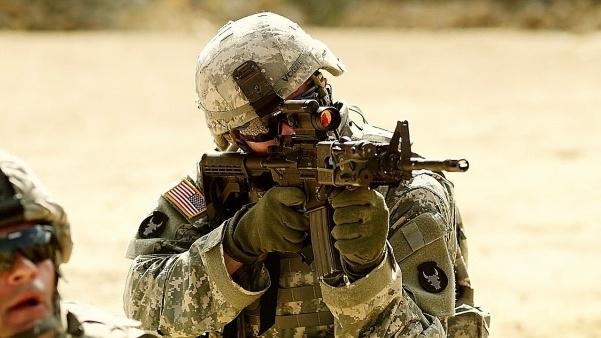 Súng trường M4A1, nằm trong Chương trình Cải tiến Vũ khí (PIP), là một sáng kiến nhằm nâng cấp toàn bộ súng trường M4 hiện có của Lục quân Mỹ thành một loại vũ khí công nghệ cao, bền và uy lực hơn, theo Pete Rowland, phát ngôn viên Lục quân Mỹ.
