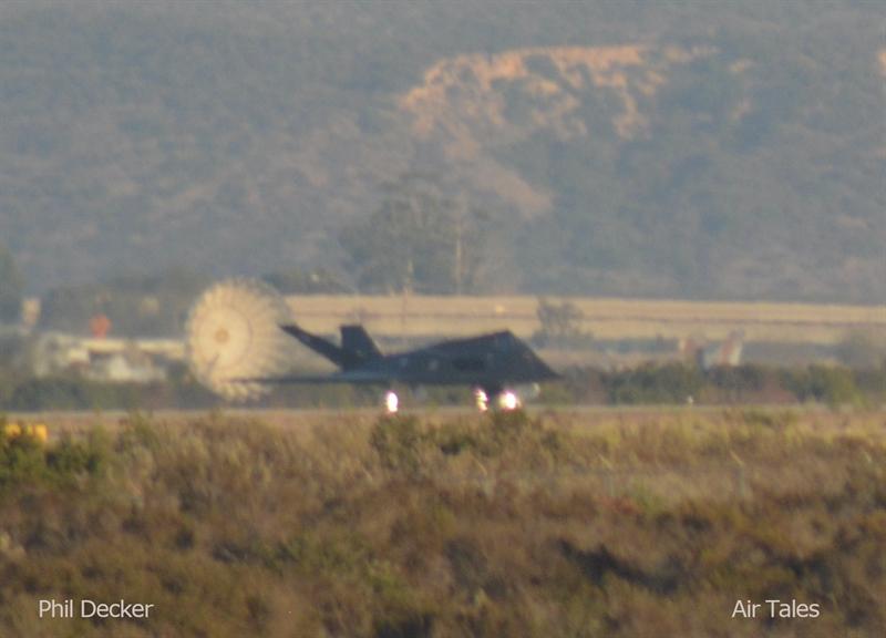 Tyler Rogoway cho rằng, nhiều khả năng F-117 sẽ đảm nhận nhiệm vụ cùng những chiếc F-35 để lấp vào khoảng trống chúng để lại vì chưa phát huy được hết sức mạnh như thiết kế do còn tồn tại một số khiếm khuyết. Khả năng Mỹ tái trang bị F-117 hoàn toàn có thể xảy ra bởi hồi năm 2017, đã xuất hiện thông tin Không quân Mỹ đã âm thầm điều một phi đội gồm 4 chiếc F-117A Nighthawk đến Syria tham chiến.