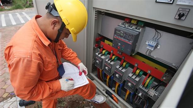 Điều chỉnh giá điện theo quý: Nhiều nước đã làm
