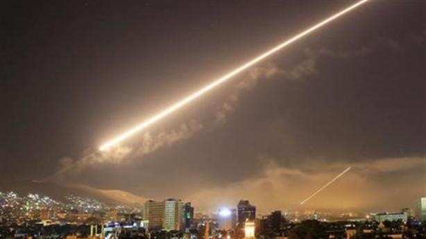 Không kích Syria, Mỹ đưa thông điệp lạnh với Nga?