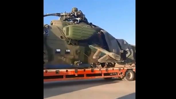 Lộ hình ảnh Nga sơ tán Mi-35 gặp nạn