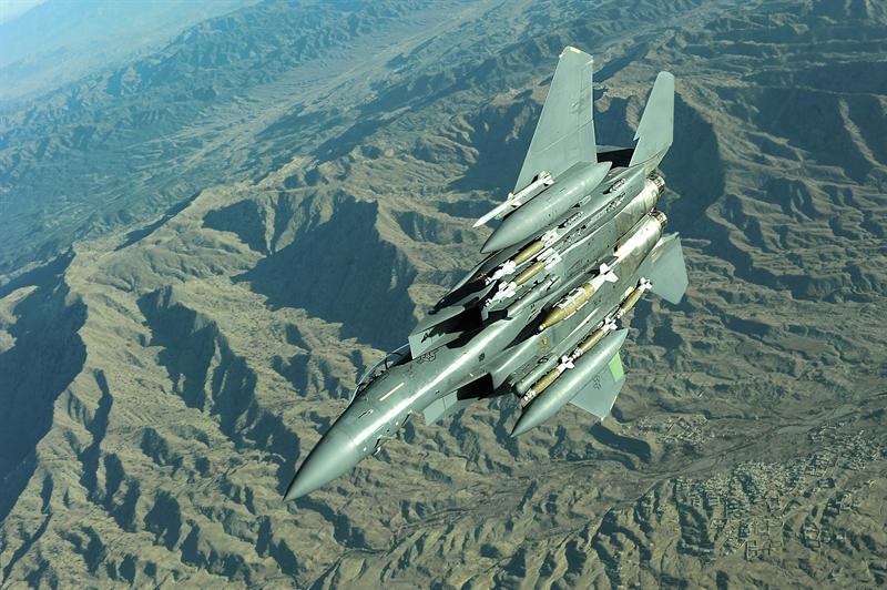 Không phải quả bom nào cũng có thể được thả khi làm nhiệm vụ, nhưng cuộc thử nghiệm chứng minh F-15E có thể vừa chiến đấu vừa đóng vai trò \