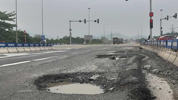 Cao tốc Đà Nẵng-Quảng Ngãi: Từ việc truy tố kỹ sư Nhật...