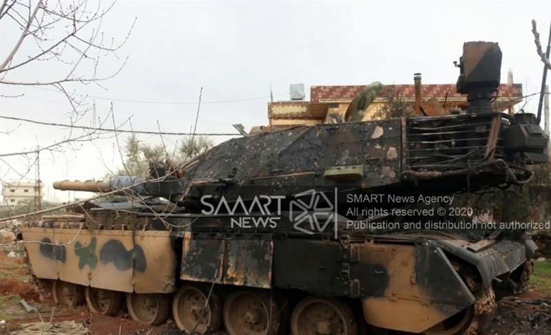 Báo Mỹ còn cho công bố loạt ảnh về tình trạng thê thảm của những chiếc M60TM. Đây là điều khá bất ngờ bởi theo tuyên bố của lực lượng Thổ Nhĩ Kỳ khi động binh rằng, M60TM sở hữu sức mạnh không hề thua kém T-90A của Nga.