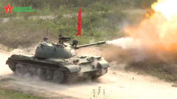 Xe tăng Việt Nam diệt toàn bộ mục tiêu trong diễn tập