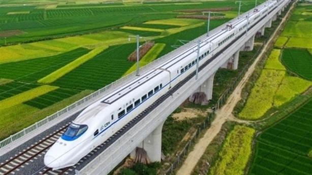 Đường sắt TĐC Bắc-Nam: Chỉ nhập khẩu hoàn toàn đầu máy