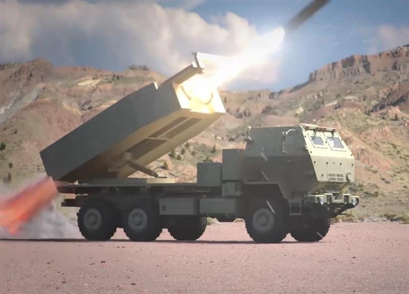 Ở giai đoạn cuối, vũ khí này sẽ được thử sức với tầm bắn tối đa khoảng 750km. Hướng phát triển của PrSM sẽ giúp Mỹ có được vũ khí tiến công chiến thuật mới có tính năng tương đương với dòng Iskander-M của Nga. Đặc biệt, theo tướng Mỹ John Rafferty, khi chính thức đi vào trang bị, tên lửa PrSM đủ khả năng xuyên thủng hàng phòng thủ tối tân của Nga dù có S-400.