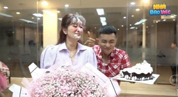 Phan Hiển úp bánh kem lên mặt vợ: Lời thật Khánh Thi
