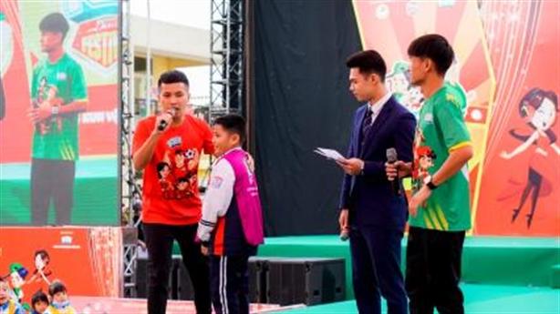 Đỗ Kim Phúc và hành trình theo đuổi đam mê bóng đá