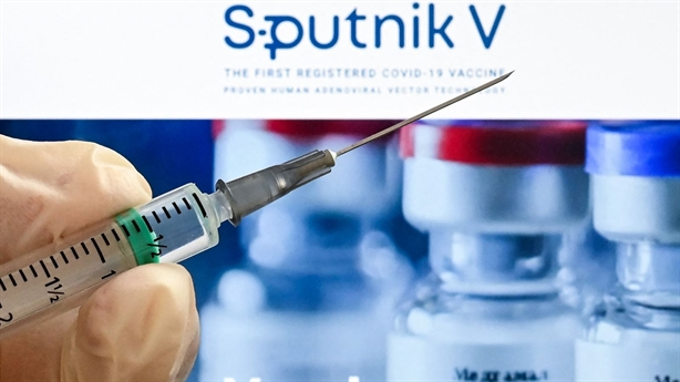 Nga công bố uy tín Sputnik V giữa bão vaccine