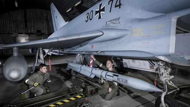 Báo Đức: Typhoon nhận vũ khí mới đủ sức đánh bại Su-35