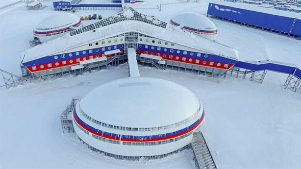 Đường băng Bắc Cực đầu tiên cho mọi loại máy bay