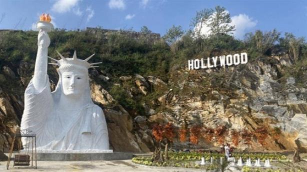 Tượng Nữ thần Tự do ở Sapa: Du lịch thiếu bản sắc?