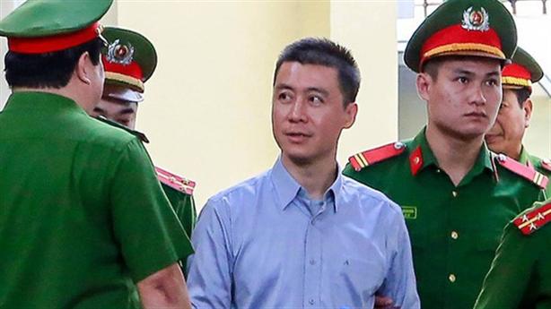 Tha tù trước thời hạn cho Phan Sào Nam: Giải thích nóng