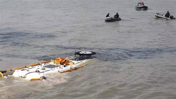 Siêu tàu cứu hộ tìm kiếm tàu ngầm Indonesia