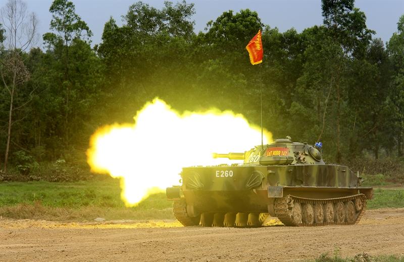 Nội dung hội thao gồm: Lái bắn tổng hợp; cấp cứu và lấy thương binh ra khỏi xe; gấp bạt, cố định gỗ tự cứu (xe T54M, T55), gấp bạt đối với xe PT-76; thi nhận thức chính trị.