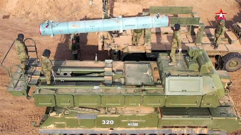 Thiết bị mới phát triển này có khả năng chế ngự các sóng điện từ của các UAV và các đầu đạn của các vũ khí có độ chính xác cao.