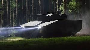 Quân đội Mỹ vừa chính thức nhận hồ sơ dự thầu của nhà sản xuất Rheinmetall Đức với xe chiến đấu thế hệ mới Lynx. Tham gia gói thầu mua sắm xe chiến đấu mới của Mỹ ngoài Rheinmetall còn có liên doanh được thành lập bởi Công ty Raytheon của Mỹ.