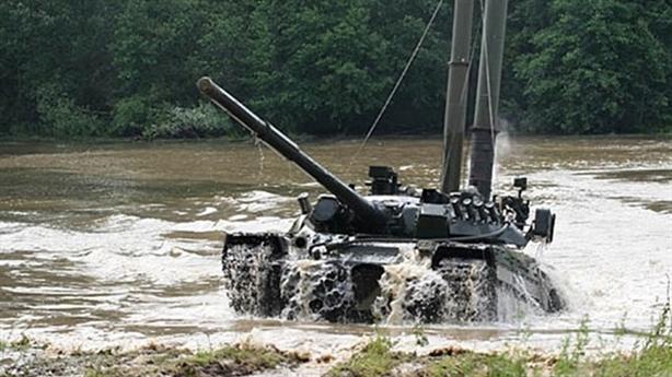 'T-72 công thủ đều mạnh hơn Abrams'