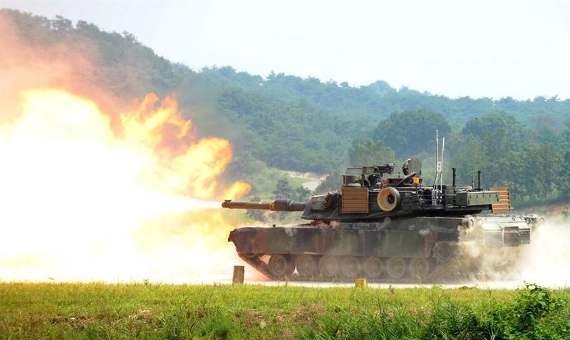 Việc phát triển xe tăng mới là hết sức cần thiết vào lúc này bởi giới quân sự Mỹ cho rằng, xe tăng chiến đấu chủ lực hiện tại, M1A2 SEP Abrams, chỉ có thể được nâng cấp tới một mức độ hạn chế.