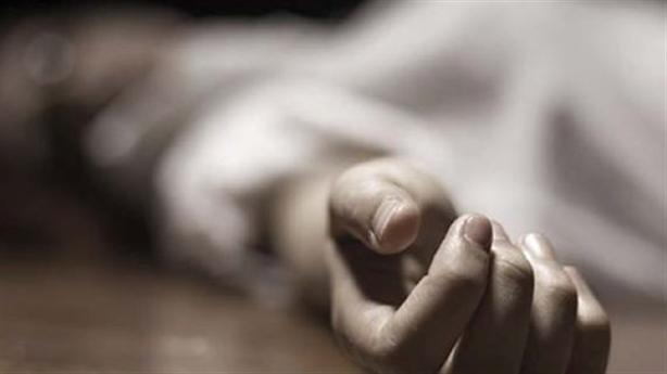 Chồng đi ra cổng, người dính máu: Thảm án thương tâm