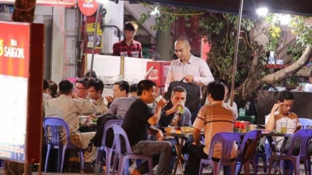 Hà Nội xem xét cấm bia hơi: Ủng hộ hoàn toàn